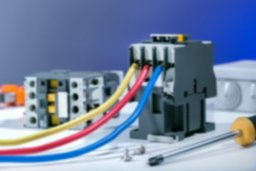 reparación equipos eléctricos.jpg